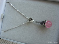 Különleges ezüst medál  Pink opál kővel és markazittal