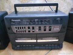 Retro hordozható kétkazettás magnó, rádió