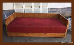 Art deco masszív kanapé