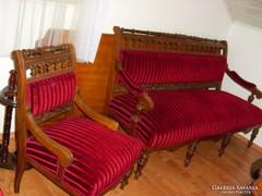 Ónémet ülőgarnitúra gyönyörűen felújítva 1db kanapé, 4db fot