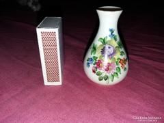 Ibolyázó Herendi kis váza