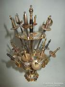 Toledói kard falatka kínáló-gazdagon cizellált réz dísztárgy