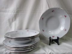 4 személyes Zsolnay tányér étkészlet.