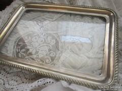 Üveg betétes ezüstözött tálca