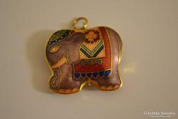 Réz elefánt medál