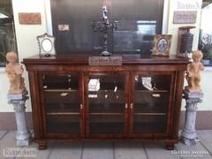 Antik bútor, Biedermeier intarziás tálaló szekrény felújítot
