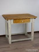 Paraszt asztal porcelán gombbal, natúr lappal és fiókkal