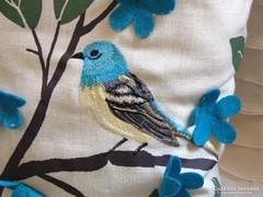 Csodaszép madaras párna