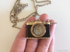 Gyönyörű vintage nyaklánc óra fényképezőgép