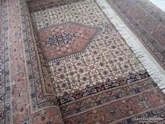 Pasztell színű álomszép Indo-Bidjar szőnyeg