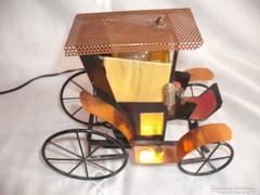 Veterán  autó, egyedi  kocsi,  konflis lámpa