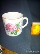 Zsolnay porcelán bögre