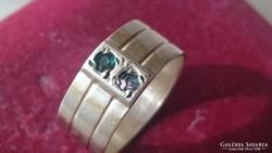 Régi Orosz fémjeles ezüst gyűrű. pici smaragd és ametiszt kő
