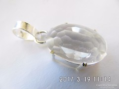Fehér topáz medál