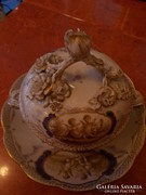 Sevres bombonier putókkal. 19 század