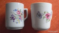 Virágmintás zsolnay porcelán bögre, párban.
