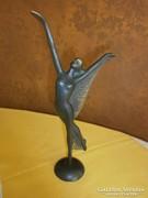 Bronz táncosnő