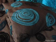 2 db csodaszép csokoládébarna sötétítő türkiz mintával