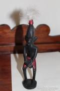 Ébenfa afrikai bennszülött dobos
