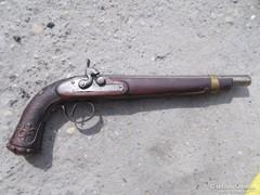 Régi csappantyús pisztoly