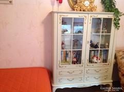Chippendél barokk törtfehér vitrines szekrény 110x40x145cm