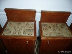 Eladó 2 darab nagyon szép, ritka antik éjjeli szekrény