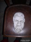 Fali vízköpő arc giszből.kb.25 cm magasm Zéger Gyula szobra