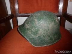 Világháborús  svájci katonai rohamsisak sisak