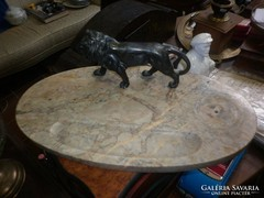 Antik tintatartó oroszlán szoborral