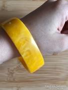 Méz színű karperec 6,7cm átmérő