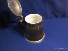Ón peremes fedeles  porcelán belsejű sörös korsó A059