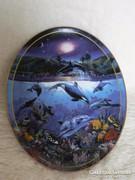 Porcelán delfines falitányér