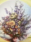Porcelán virágos falitányér
