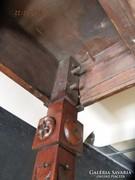 Antik, restaurált kártyasztal facsapolású faragott lábakkal