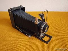100 éves,eredeti,nagyméretű,hibátlan fényképezőgép eladó