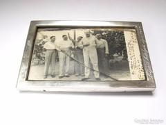 Ezüst fényképkeret, érdekes felirattal és képeslappal,1940