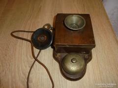 Antik fali telefon