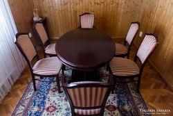 Étkező asztal 6 székkel