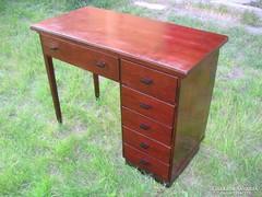 Felújított Art Deco íróasztal  antik sötét mahagóni színű