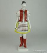 0L487 Régi hollóházi porcelán menyecske 30 cm