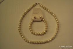 Fehér tekla gyöngyből, 3 darabos garnitúra.