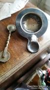 Régi derelye vágó és alpakka tea szűrő