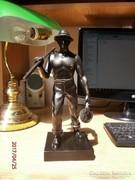 S 17 szobor Kaszás legény szobor arató vagy summás legény