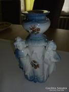 Barokk figurás porcelán gyertyatartó