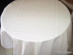 Luxus minőségű hófehér damaszt terítő 240x 140