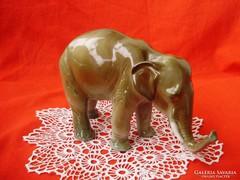 Royal Dux porcelán elefánt
