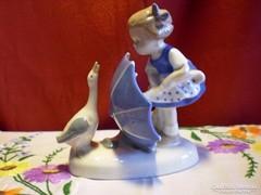 Grafenthal porcelán libától megijedt kislány