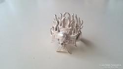 Ezüst vaskeresztes lángoló Koponyás gyűrű (Magyar 925)