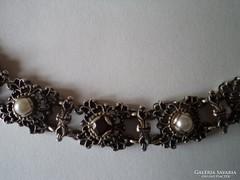 Antik ezüst nyakék, nyaklánc gránáttal és gyönggyel