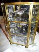Ezüst miniatúra bútorok